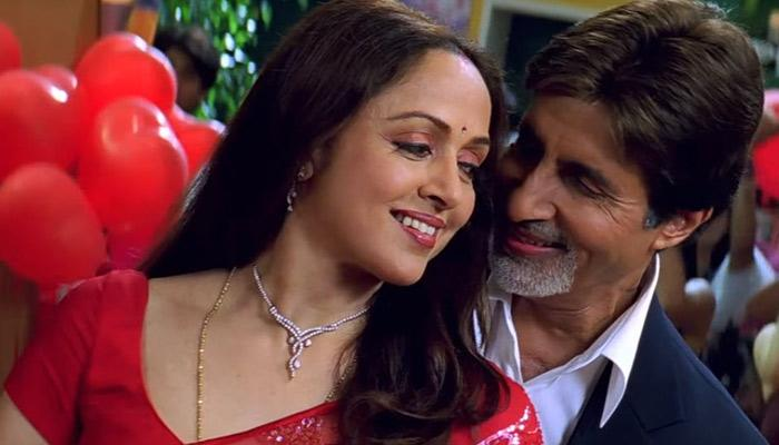 India Tv - Amitabh Bachchan and Hema Malini in Baghban