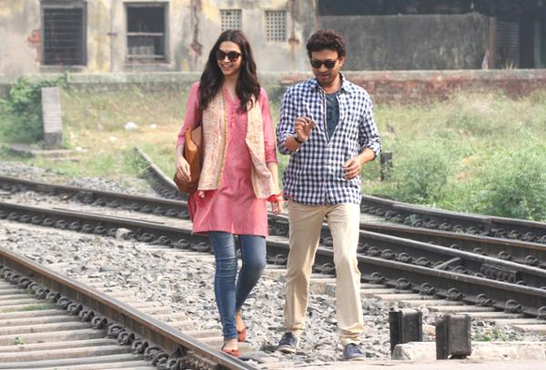 India Tv - Deepika and Irrfan in Piku