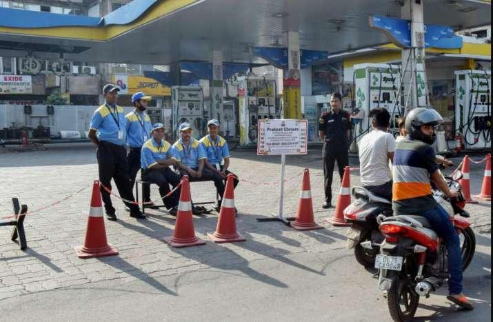 India Tv - Petrol pump strike in Delhi