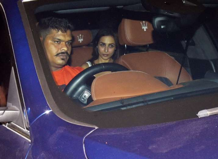 India Tv - Malaika Arora attends Sandeep Khosla's house party