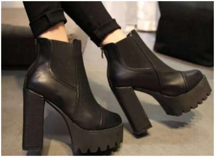 5 different ways to style your boots this winter season  6d46a0fb2ef