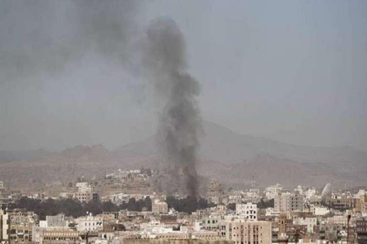 Saudi-led airstrike kills 17 in Yemen's Hodeidah