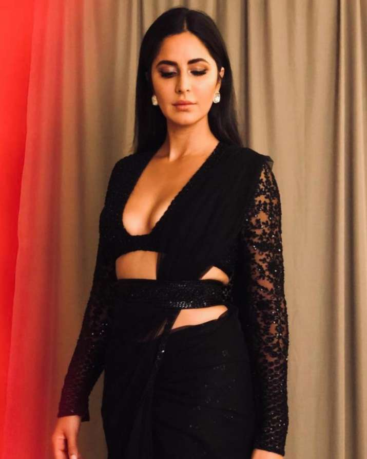 India Tv - Katrina Kaif is a vision in black as she gets ready forShah Rukh Khan's Diwali party