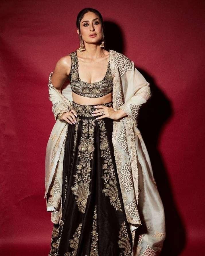 India Tv - Kareena Kapoor Khan looked mesmerizing atShah Rukh Khan's Diwali party