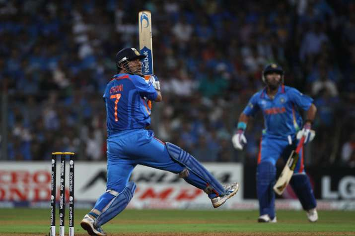 MS Dhoni finally reveals why he came to bat ahead of Yuvraj Singh ...