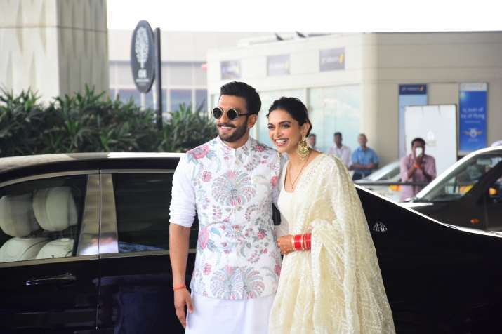 India Tv - Deepika, Ranveer spotted at Mumbai airport
