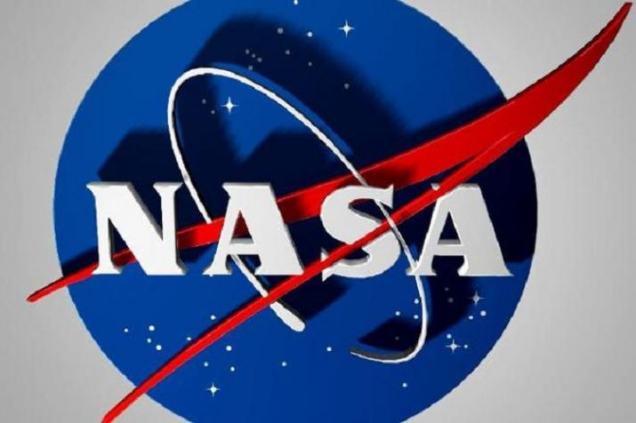 NASA selects 9 US companies to make lunar robotic payloads