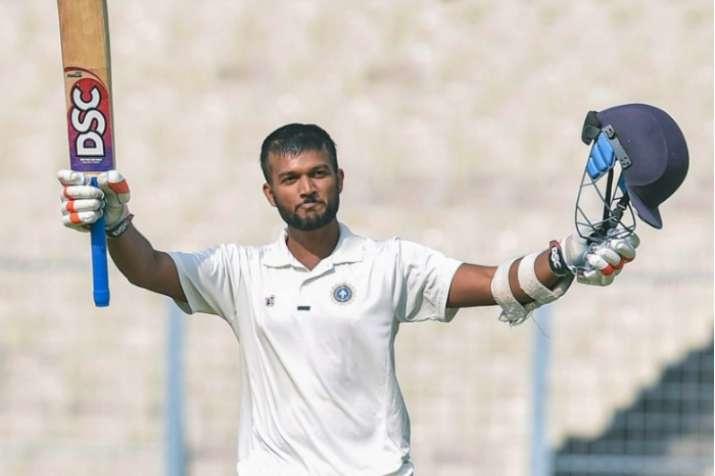 Ranji Trophy: Saxena's ton puts Kerala on top against Bengal; Mumbai, Karnataka in close fight