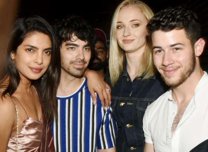 Priyanka Chopra, Nick Jonas enjoy dinner date with brother