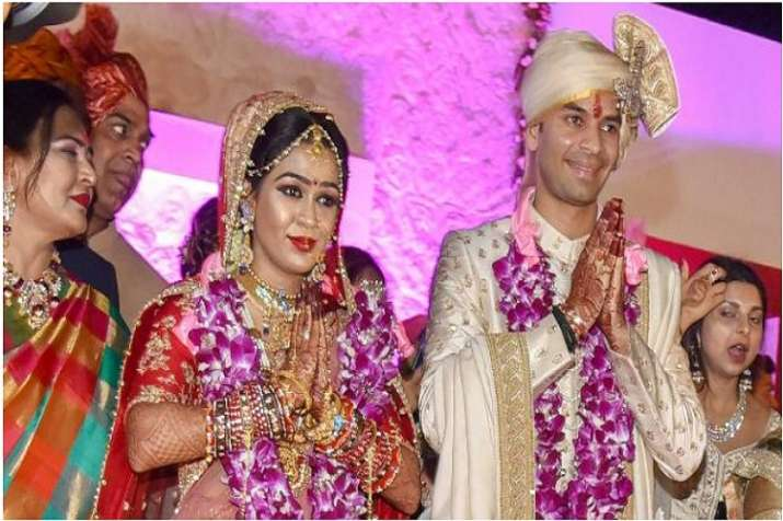 Tej Pratap with wife Aishwarya Rai