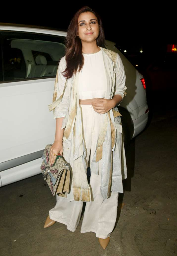 India Tv - Parineeti Chopraglowed like the sun in her creamy white outfit as she joined sister Priyanka for dinner