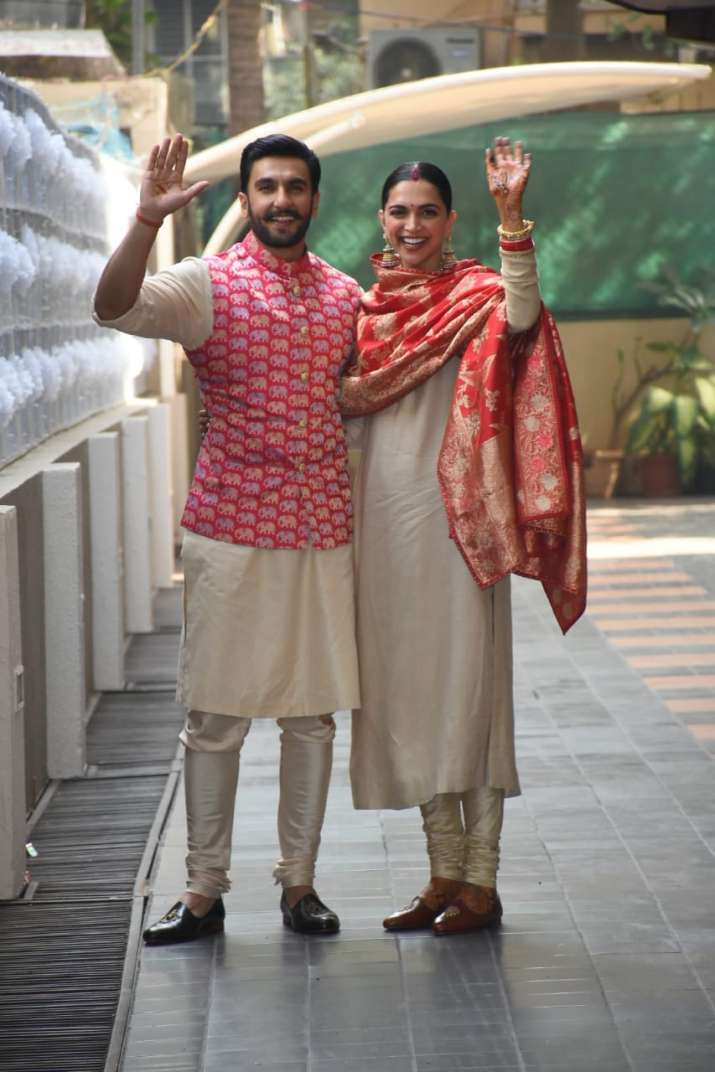 India Tv - DeepVeer are all smiles