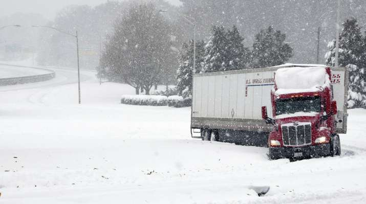 """India Tv - The National Weather Service said a """"prolonged period of snow"""" began late Saturday and would last until Monday in the region, with the heaviest snow expected in northwest North Carolina and southern Virginia."""