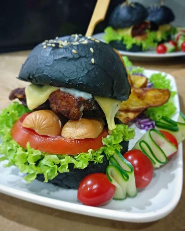 India Tv - Charcoal Burger
