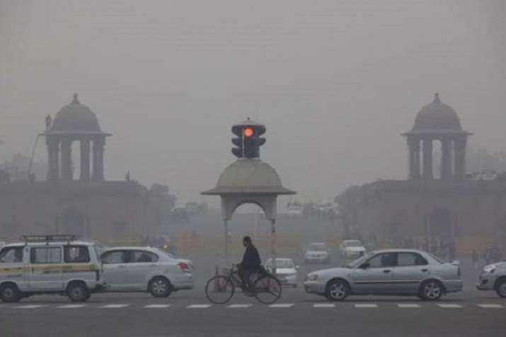India Tv - The national capital New Delhi was shivering at 3.7 degree Celsius