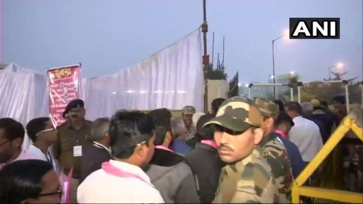 India Tv - Visuals from outside a countingcentreinRaipur