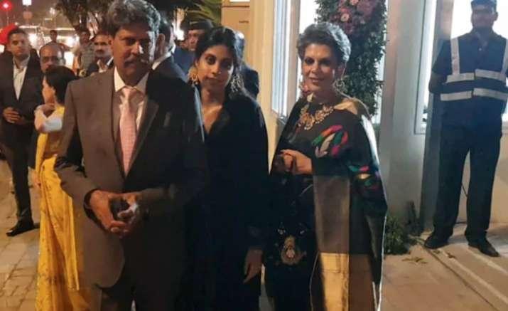 India Tv - Isha Ambani, Anand Piramal first wedding reception