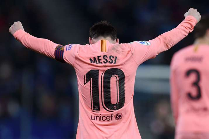 official photos 7adf4 7fd06 Lionel Messi single-handedly surpasses Juventus and Real ...