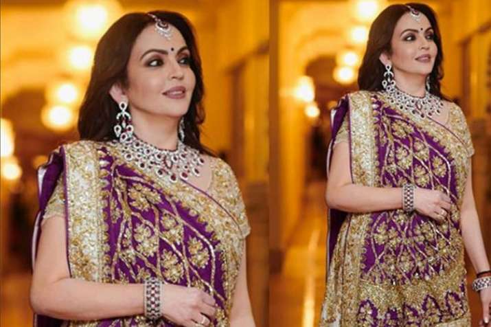 d28ac244bcb Isha Ambani-Anand Piramal Wedding  Nita Ambani wears Manish Malhotra s  designed outfit on daughter s big day