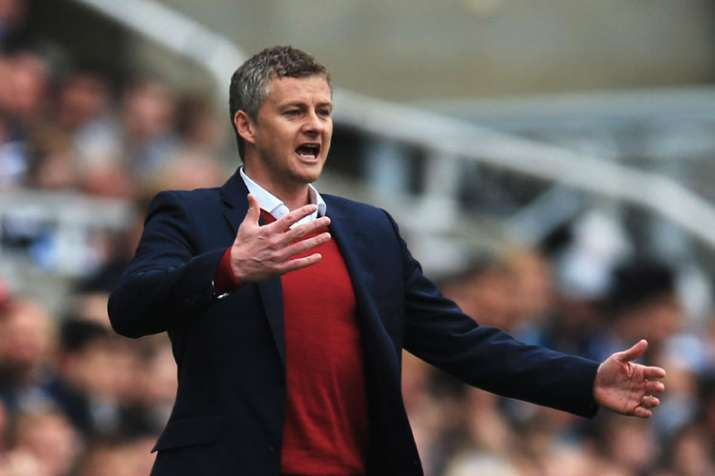 Epl Ole Gunnar Solskjaer Looks To Rescue Manchester United Again This Time As Coach Soccer News India Tv