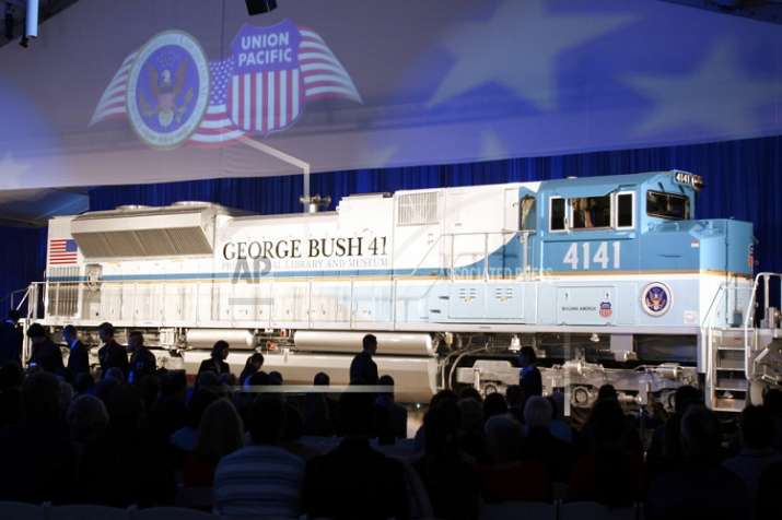 Presidential funeral train