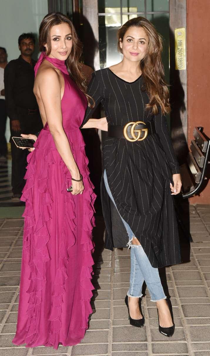 India Tv - Malaika Arora with sister Amrita Arora