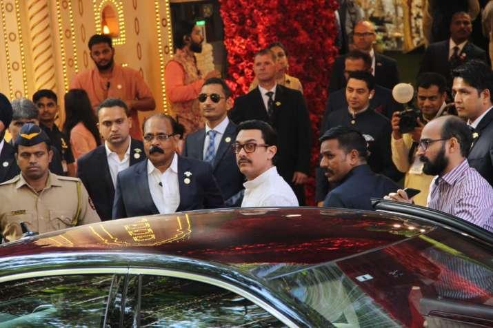 India Tv - Aamir Khan at Isha Ambani-Anand Piramal Wedding