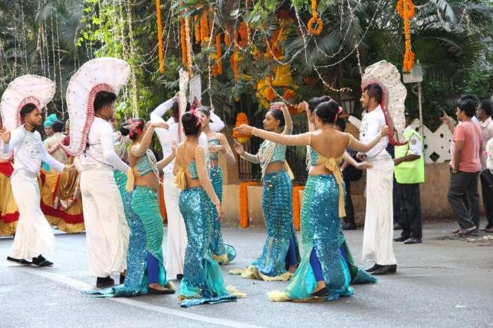 India Tv - Ambani Piramal wedding