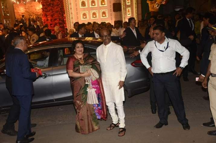 India Tv - Isha Ambani-Anand Piramal Wedding Highlights: Mega star Rajinikanth at the venue