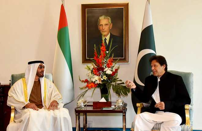 Abu Dhabi Crown Prince holds talks with Imran Khan,