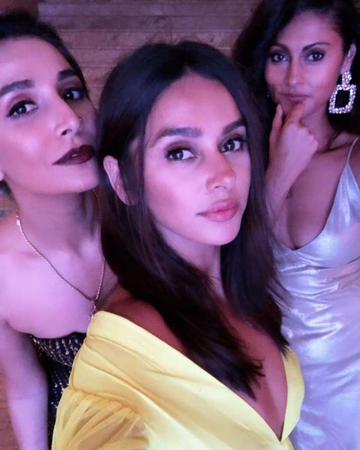India Tv - Farhan Akhtar girlfriend Shibani Dandekar