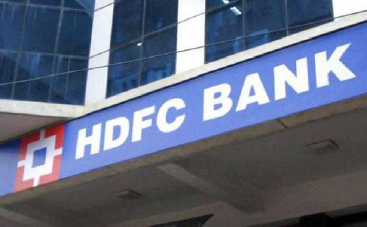 India Tv - HDFC Festive Treats: Attention customers! Enjoy big discount on credit cards, auto, home loans and more