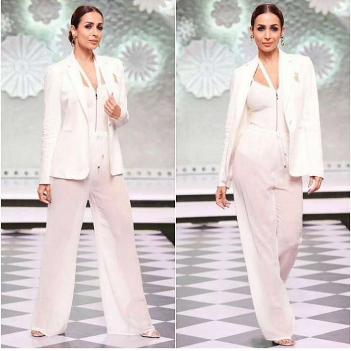 India Tv - From pantsuit to traditional saree, 3 looks of Malaika Arora which are perfect for any occasion