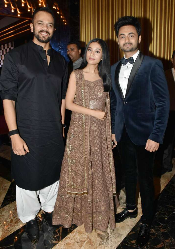 India Tv - Thackeray Celeb Reviews: Shoojit Sircar, Anil Sharma, Shatrughan sing praises of Nawazuddin acting