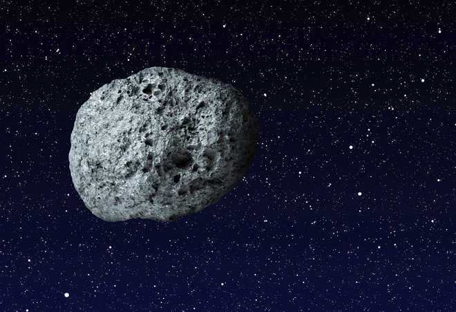 Asteroids pummelled Earth, Moon beginning 290 million years
