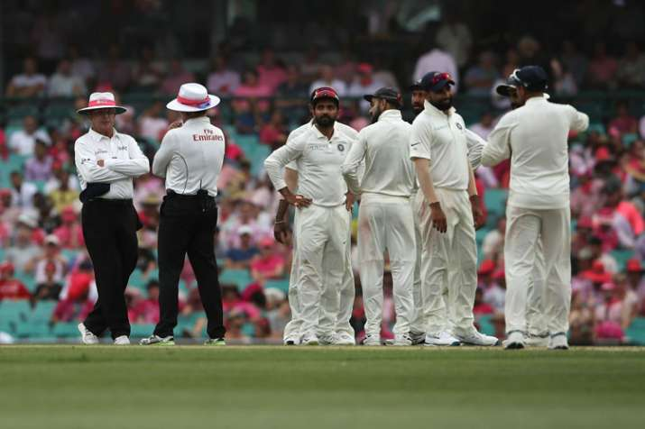 Highlights India Vs Australia 4th Test Day 3 Spinners Weave Magic In Sydney Before Bad Light Stops Play Cricket News India Tv