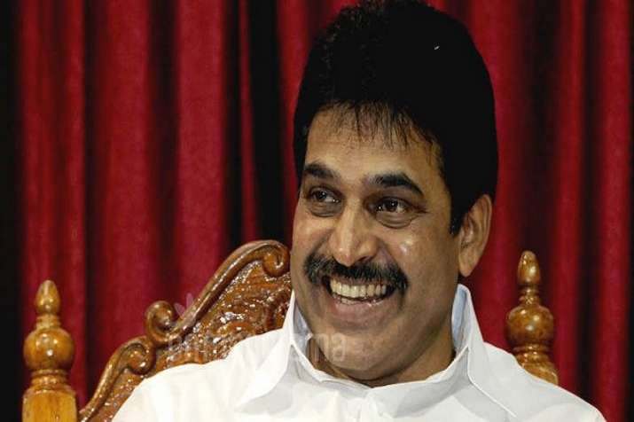 K'taka poll turmoil: Clear picture to emerge by tomorrow, says K C Venugopal
