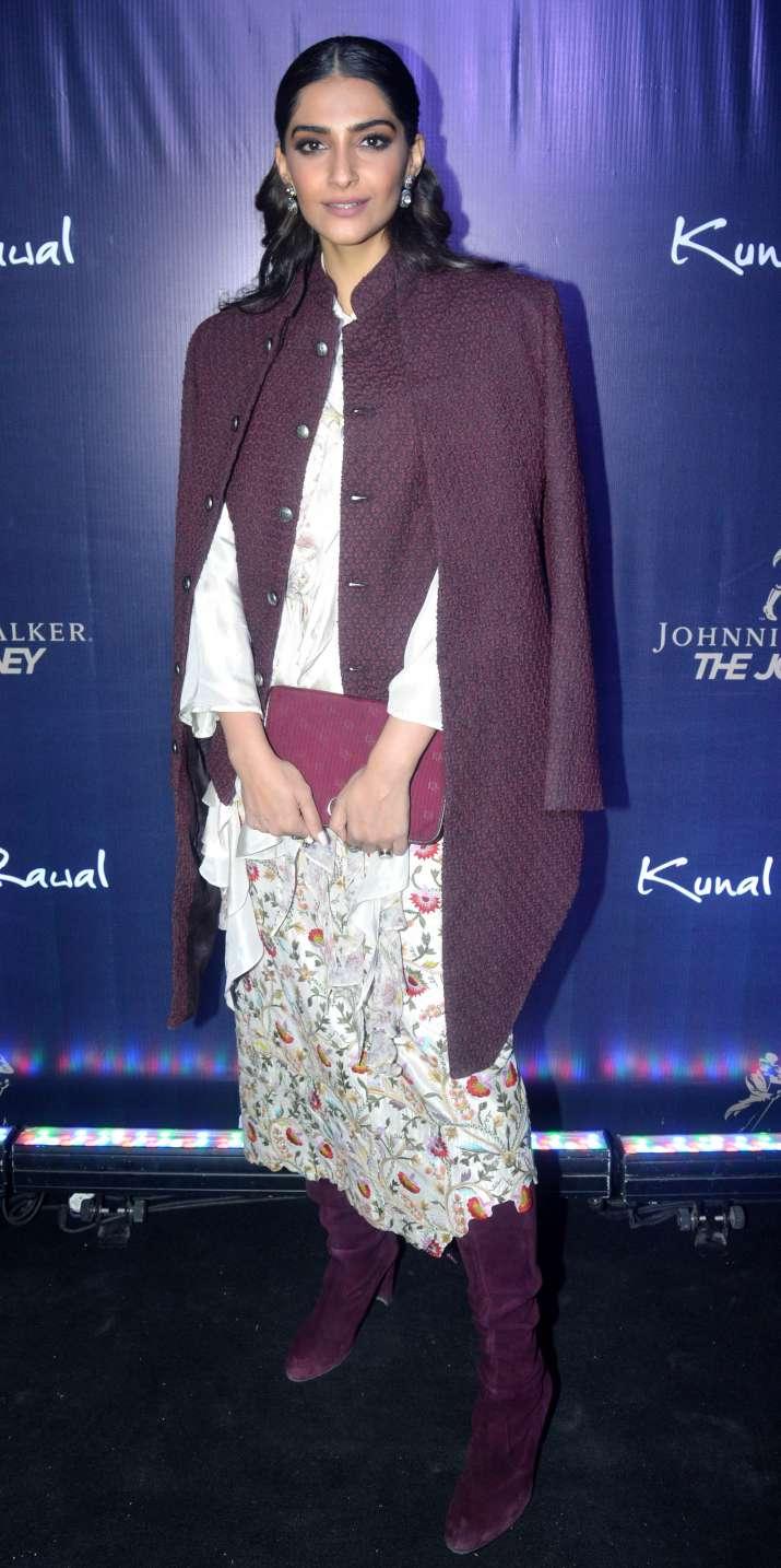 India Tv - Mira Rajput, Sonam Kapoor turn heads at Kunal Rawal's store launch