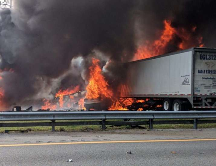 us six killed in vehicle collision fuel spill on florida highway