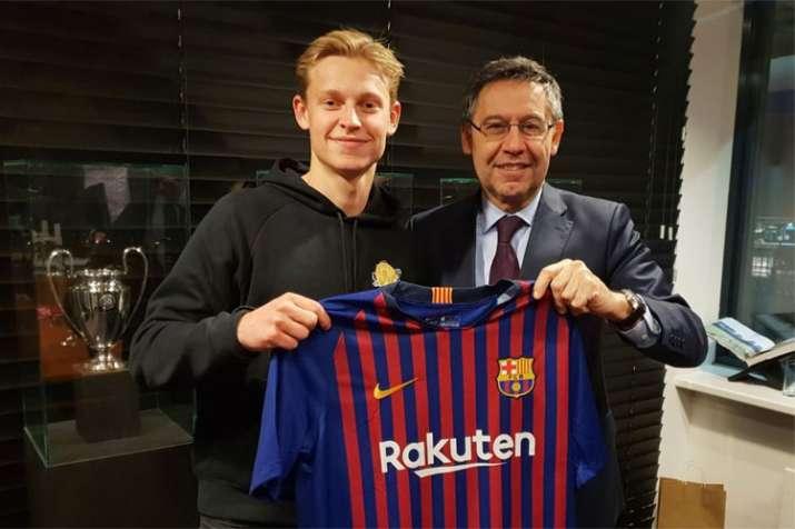 Pindah Barcelona, De Jong Ingkari Plan Awalnya