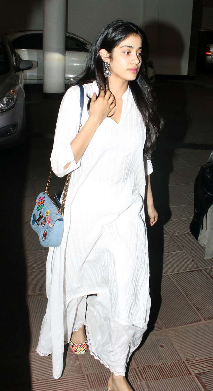 India Tv - Level-up your fashion game with Janhvi Kapoor's casual styling, see in pics