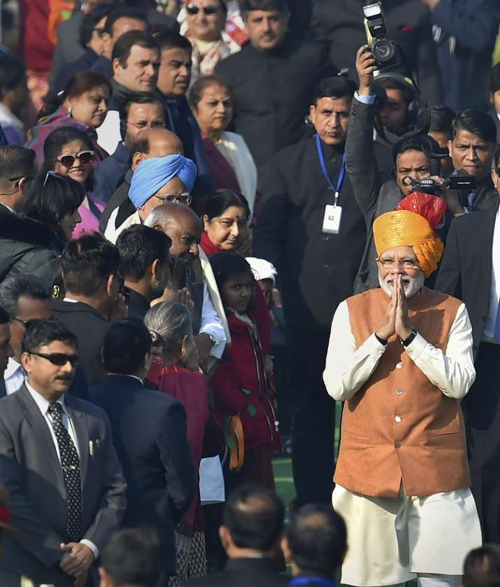 India Tv - Prime Minister Narendra Modi greets the guests after the 70th Republic Day Parade at Rajpath in New Delhi