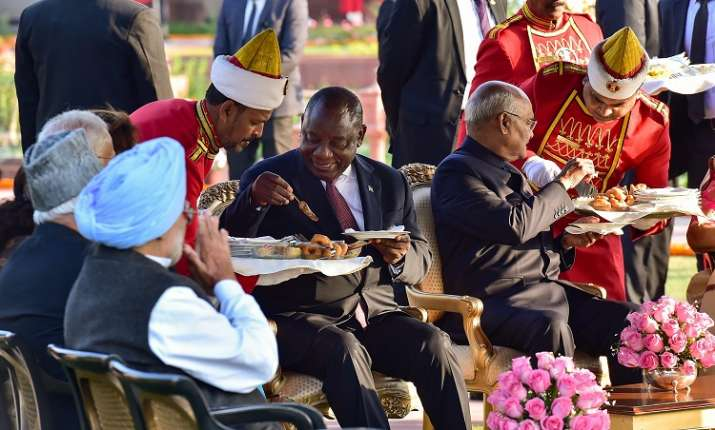 India Tv - President Ram Nath Kovind and his South African counterpart Cyril Ramaphosa being served high-tea during the Republic Day 'At Home' at Rashtrapati Bhavan in New Delhi