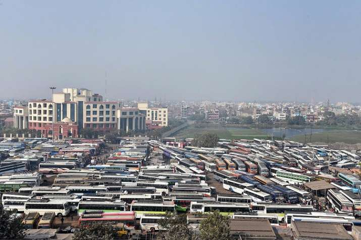 India Tv - Buses remain parked in Patna amid nationwide strike called by Central Trade Unions