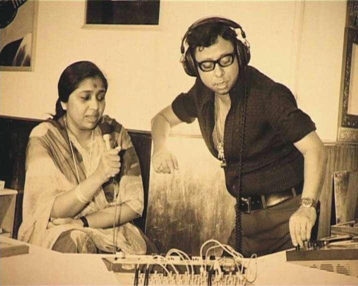 India Tv - Pancham Da at a recording studio