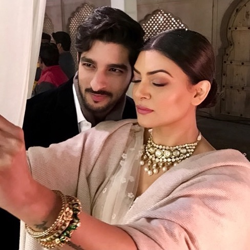 India Tv - Sushmita and Rohman Shawl