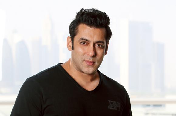 Pulwama terror attack: After Amitabh Bachchan, Salman Khan