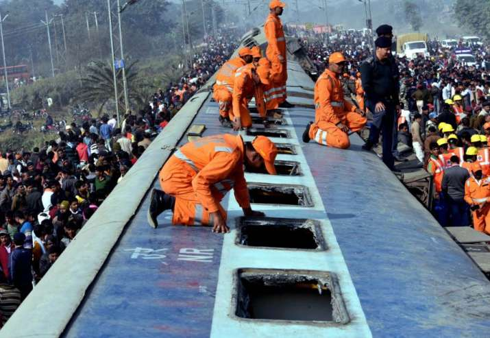 India Tv - Seemanchal Express accident kills 6 people