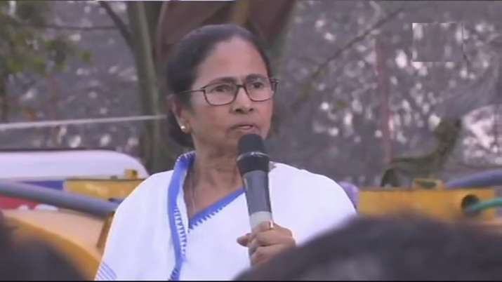 Will die but not compromise: Mamata Banerjee during protest