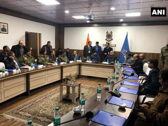 India Tv - Home Minister Rajnath Singh, Jammu and Kashmir Governor Satya Pal Malik hold meeting with officials in Srinagar.